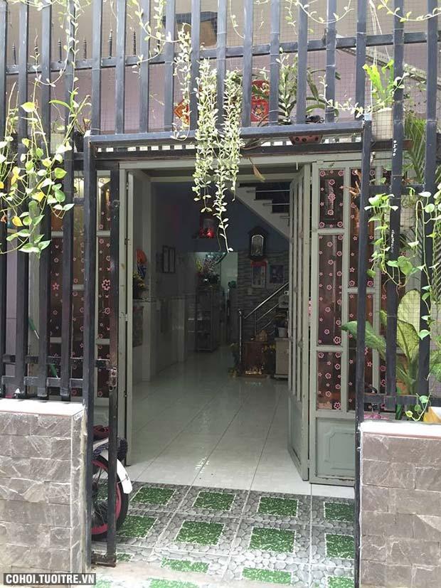 Bán nhà lầu đúc gần chợ Phú Xuân, Nhà Bè