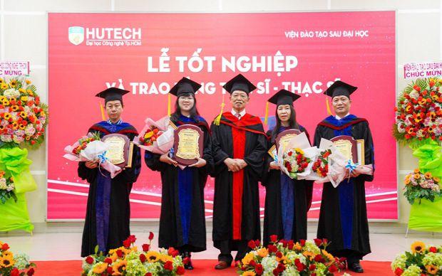 173 tân thạc sĩ nhận bằng tốt nghiệp tại HUTECH đợt tháng 1-2021