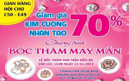 Ngọc Long Châu khuyến mãi 70% tại Hội chợ trang sức
