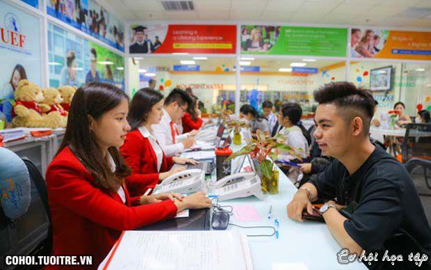 Tranh thủ xét tuyển học bạ trong thời gian chờ điểm thi