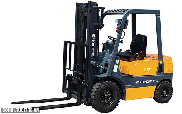 Xe nâng diesel MGA 2.5 tấn 2 khúc 3m