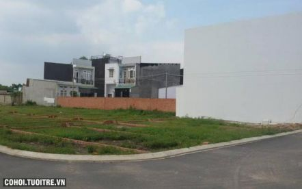 Đất thổ cư đường Võ Văn Hát Long Trường quận 9
