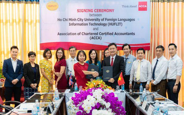 Lễ ký kết, hợp tác giữa HUFLIT và ACCA