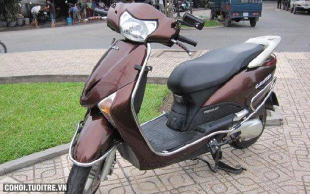 Xe Honda Lead Fi, màu nâu, biển số thành phố