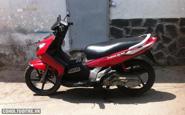 Xe Yamaha Nouvo 2, màu đỏ, biển số thành phố