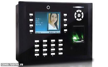 Máy chấm công vân tay và thẻ cảm ứng Wise Eye WSE-9089