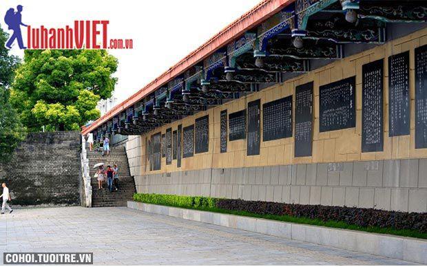 Tour Trương Gia Giới - Phượng Hoàng cổ trấn