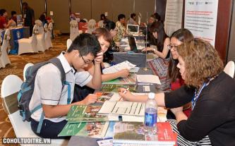 Săn học bổng tại triển lãm du học Mỹ mùa hè 2016