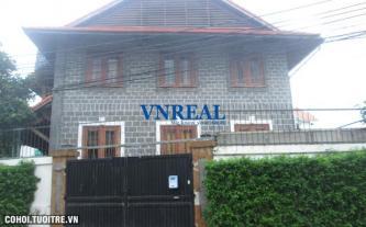 Cho thuê nhà thiết kế kiểu villa, quận 2