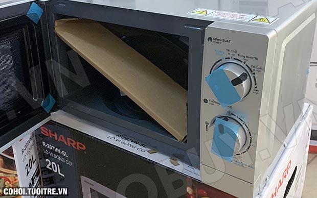 Xả kho lò vi sóng Sharp R-207VN-SL giá từ 995.000đ