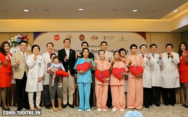 Em bé Việt Nam được phẫu thuật nhờ dự án từ thiện