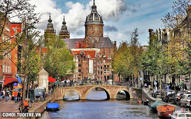 Du lịch 3 nước châu Âu giá hấp dẫn
