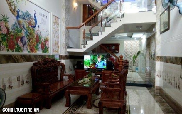 Cần sang gấp 2 căn nhà đường Lâm Thị Hố, Q.12