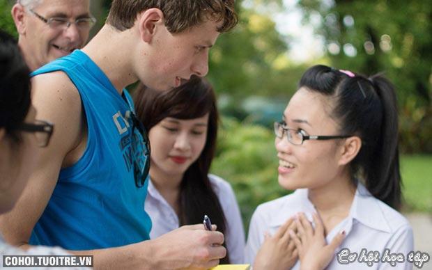 Học sinh Việt Giao học chương trình Tesol với GV nước ngoài