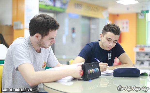 UEF đào tạo theo mô hình quốc tế