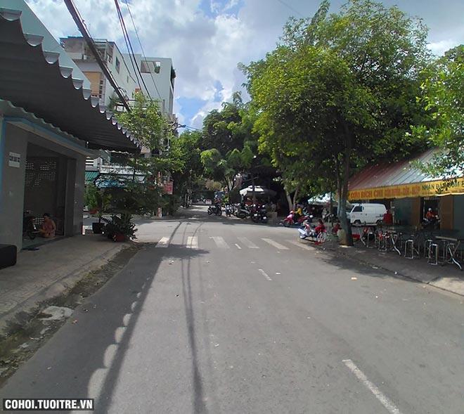 Cần sang nhà góc 2 mặt tiền đường, Q.Tân Phú