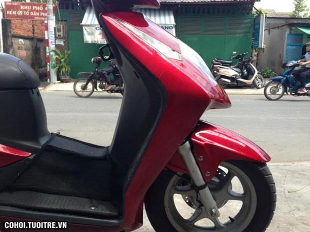 Xe Honda Dylan 150cc màu đỏ BSTP