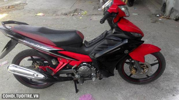 Xe Yamaha Exciter 135cc côn tay đời 2012 màu đỏ