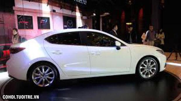 Cho thuê xe Mazda 3 đời 2016 theo tháng, bao xăng và tài xế
