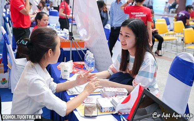 Sinh viên chinh phục nhà tuyển dụng