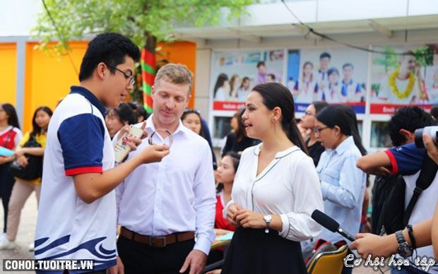 Không gian Tết Việt độc đáo tại Trường ĐH KT-TC TP.HCM