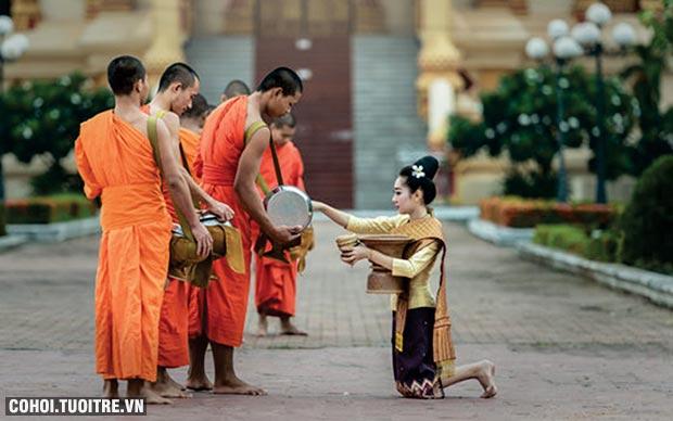 Tour Vientian - Luang Prabang - Cánh Đồng Chum (Lào)