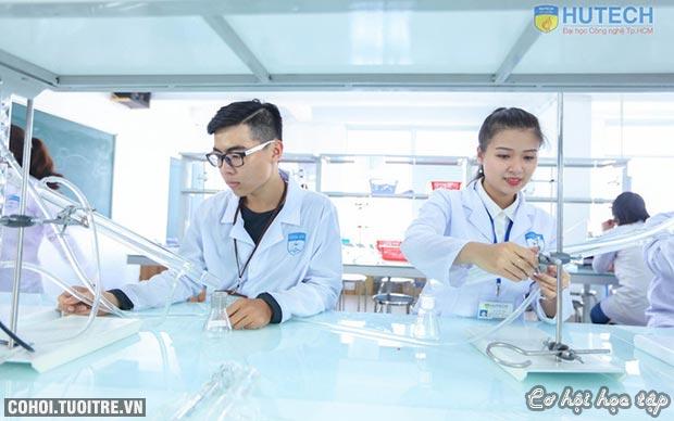 Kết nối DN - chiến lược đào tạo ngành dược tại HUTECH