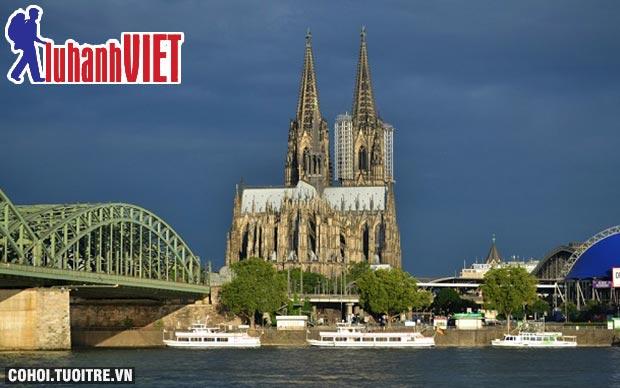 Tour châu Âu mùa thu vàng 9 ngày