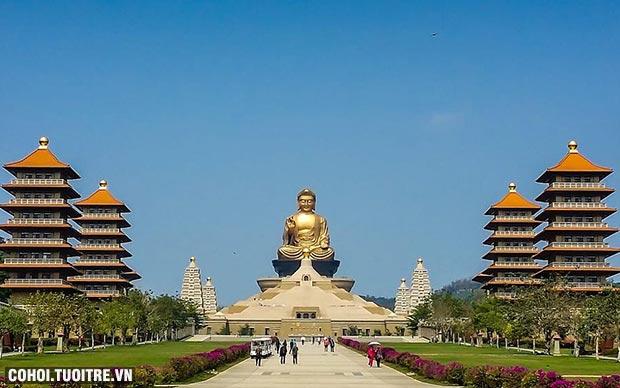 Tour hè xuyên Đài Loan 5N4Đ chỉ 9.990.000 đồng