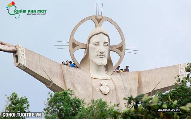 Tour Đồi cừu, Vũng Tàu, đảo Long Sơn