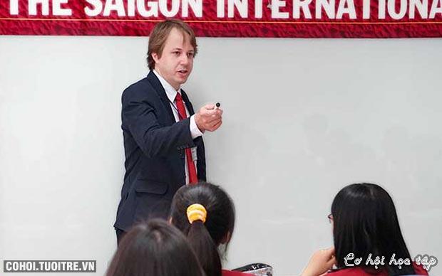 Nâng tầm tư duy lãnh đạo với học bổng MBA từ SIU